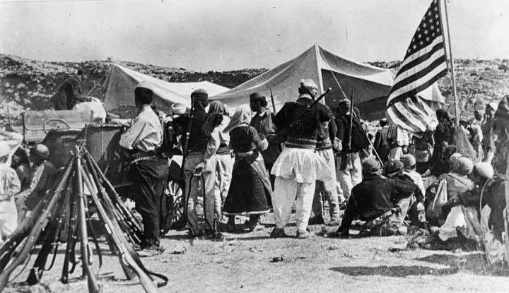 Çfarë i shkruan At Gjergj Fishta nga Parisi, Vinçens Prenushit për problemet politike të Shqipërisë së vitit 1920?