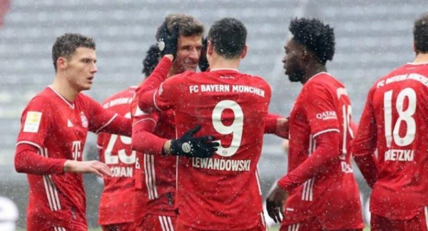 Sevilla nis tratativat për ish-mbrojtësin e Bayern Munchen