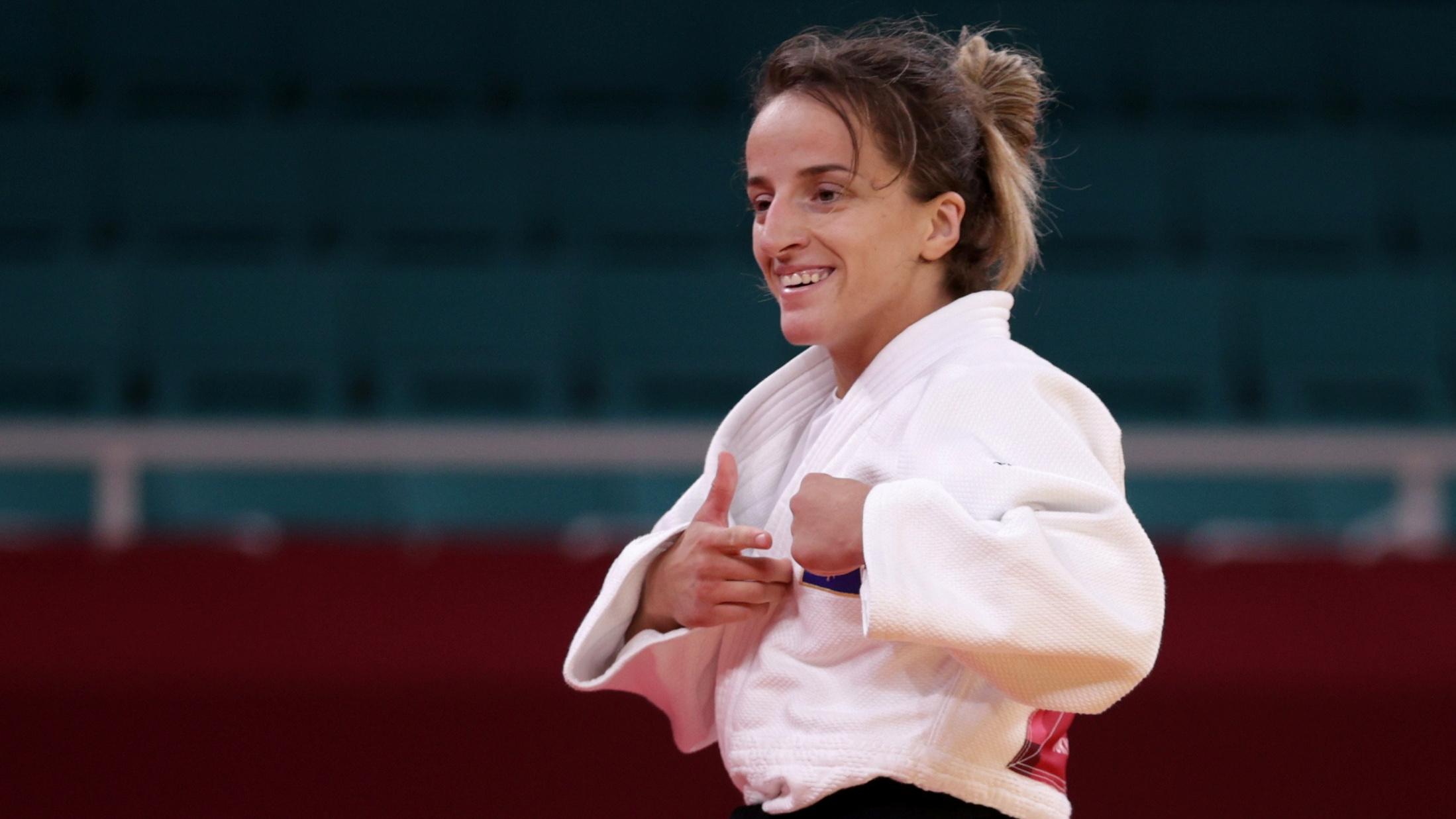 """Medalja e Artë në """"Tokyo 2020"""", Distria Krasniqi do të shpërblehet me 100 mijë euro"""