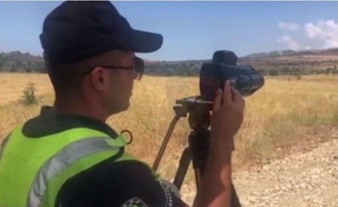 VIDEO/ Arrestohen 18 drejtues mjetesh, por në aksin Fier-Vlorë ecet me 194 km/h