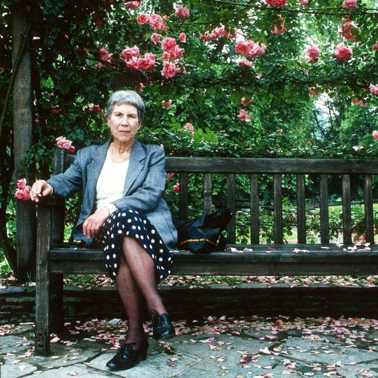 Fytyra e turpshme e celuloidit – Natalia Ginzburg