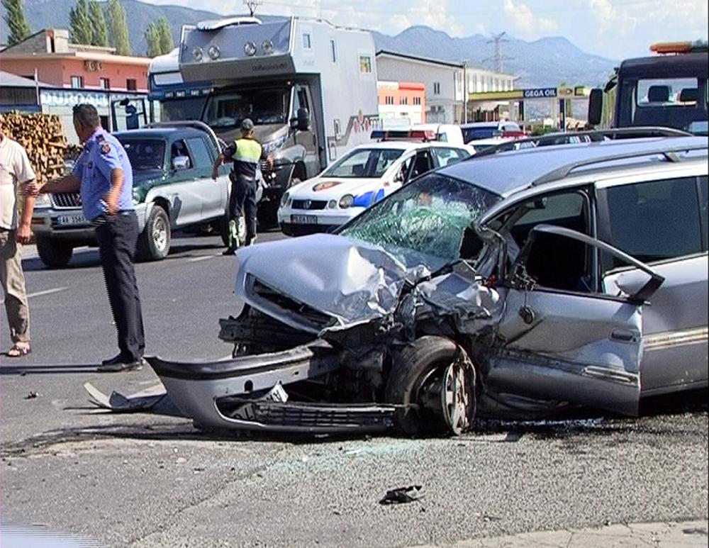 Të rinjtë më të pakujdesshmit, 105 persona humbën jetën në aksidente rrugore në 6 muaj