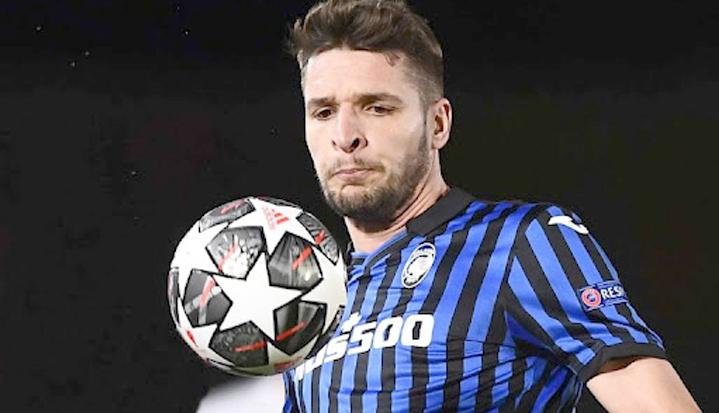 """Mbrojtësi Gjimshiti: """"Mund të ndryshojë skema, por jo loja. Atalanta synon gjithmonë një futboll agresiv"""""""