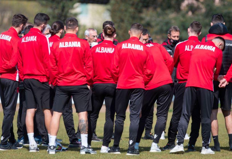 Kombëtarja e Shqipërisë publikon listën për ndeshjet e shatorit