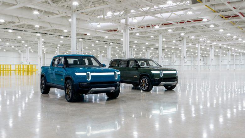 Rivian lë pas Teslan dhe GM, filluan të parët prodhimin serik të SUV-it elektrik
