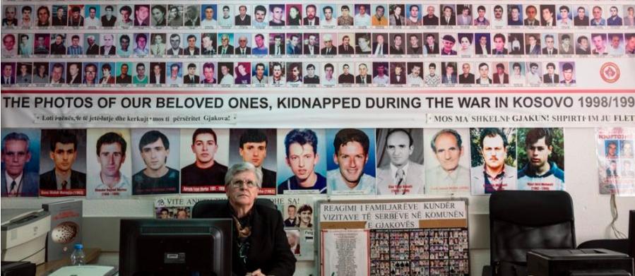 Serbia dhe shqiptarët e zhdukur nga forcat ushtarako-policore, pse në diplomaci çështjet humane s'janë vetëm humane