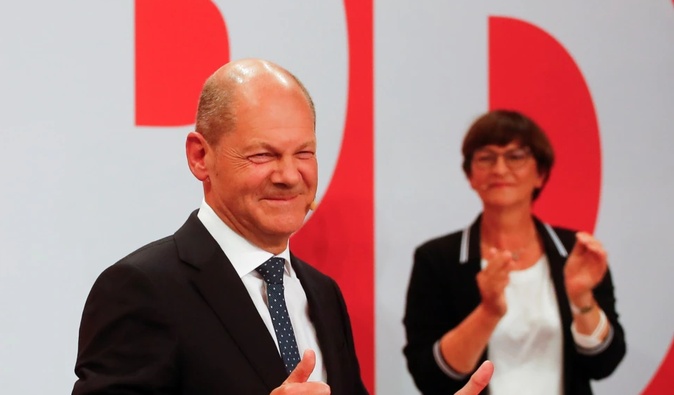 SPD mund partinë e Merkelit me rezultat të ngushtë