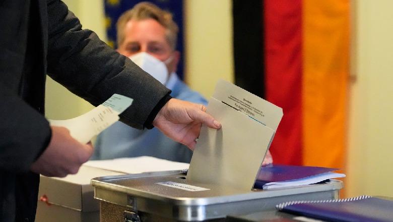 Mbyllet procesi i votimit në Gjermani, pjesëmarrje më e lartë se në 2017! CDU/CSU dhe SPD janë 'kokë më kokë',