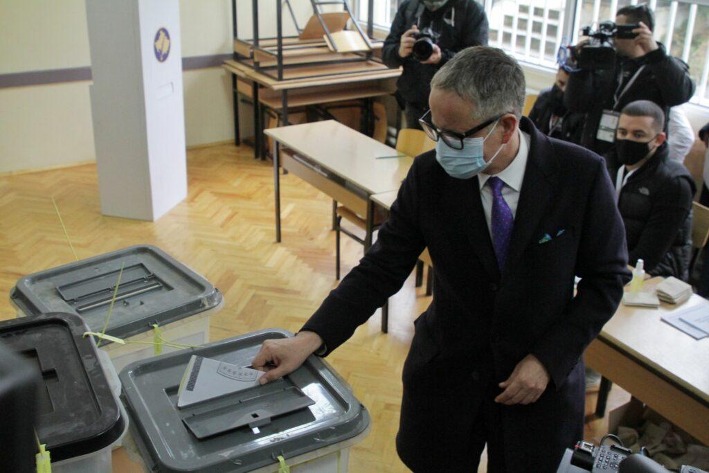 Vitia pas votimit fton qytetarët për pjesëmarrje masive në zgjedhje