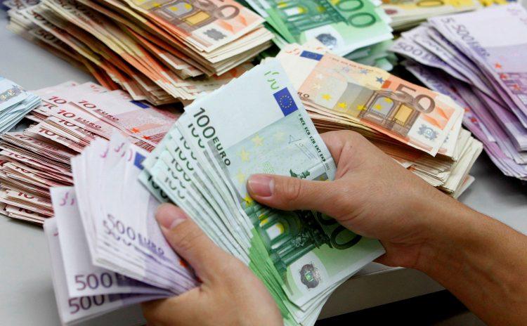 Rriten ndjeshëm fondet në valutë, bankat kanë 2.3 miliardë euro të painvestuara
