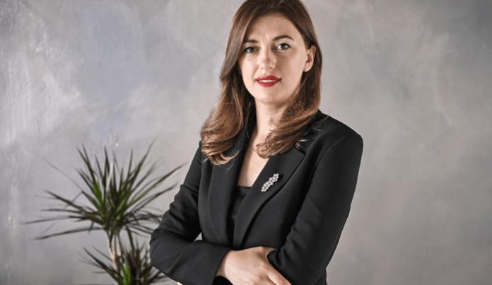 Albulena Haxhiu rrëzon 'mitin' e Vetingut në Shqipëri: BE ka rezerva, ja pse nuk e sugjeroi në Kosovë