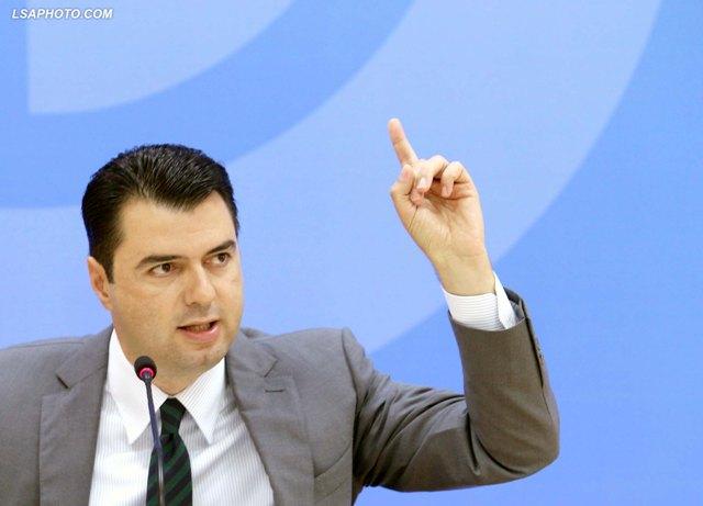 Basha: 1/3 e karburanteve në Shqipëri hyn kontrabandë
