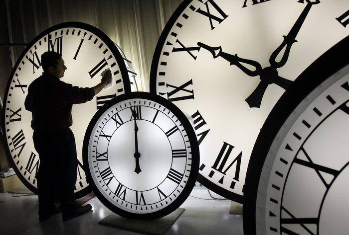 Ndryshimi i kohës, më 31 tetor kalojmë një orë mbrapa
