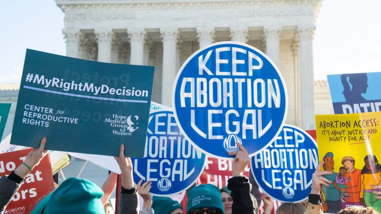 Administrata Biden do të çojë në gjykatë ligjin për abortin në Teksas