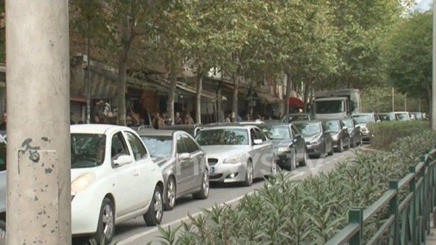 Tirana e paralizuar nga Maratona, qarkullimi me makinë mision i pamundur në kryeqytet