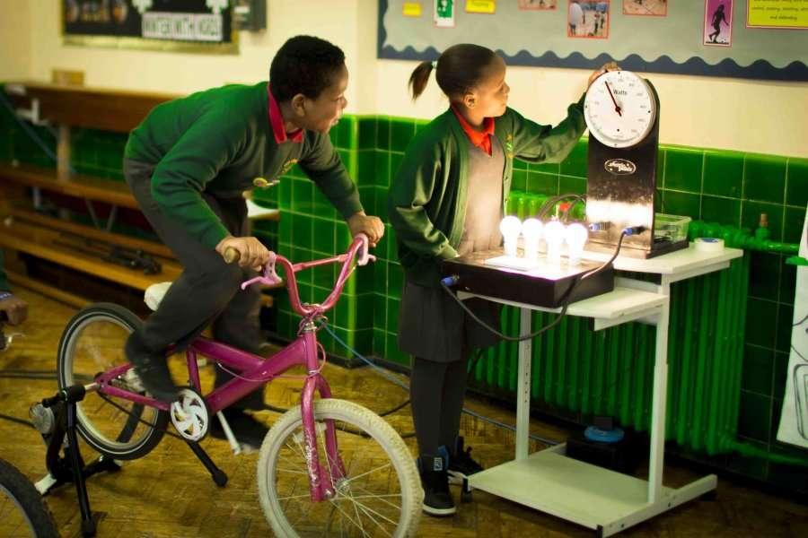 Shkolla që prodhon energji të ripërtëritshme