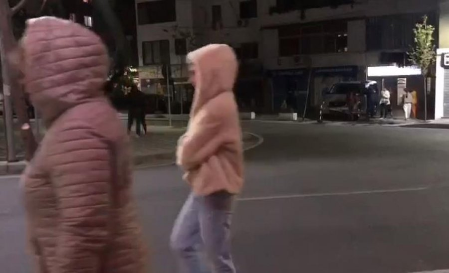 VIDEO/ Tërmeti në Lezhë, qytetarët dalin nga shtëpitë
