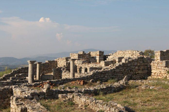 Zbulimi arkeologjik/ Në Bylis ndodhet një nga Katedralet më të bukura në Ballkan