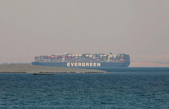 Mbajti të bllokuar Kanalin e Suezit për disa ditë, Egjipti mban peng anijen Ever Given, kërkon shpërblim nga pronari i saj