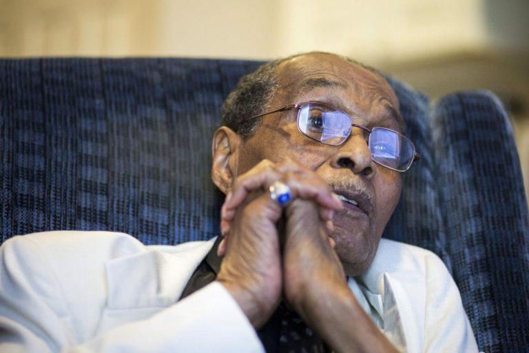 114 vjeçari tregon 5 ushqimet që e kanë mbajtur gjallë kaq gjatë