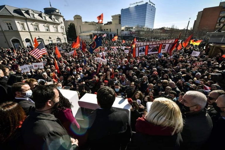 Një brezi i ri për qeverisjen e Kosovës.
