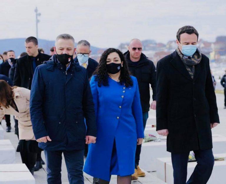 Albin Kurti dhe Vjosa Osmani në Prekaz: Krim i Serbisë, drejtësia është vonuar!