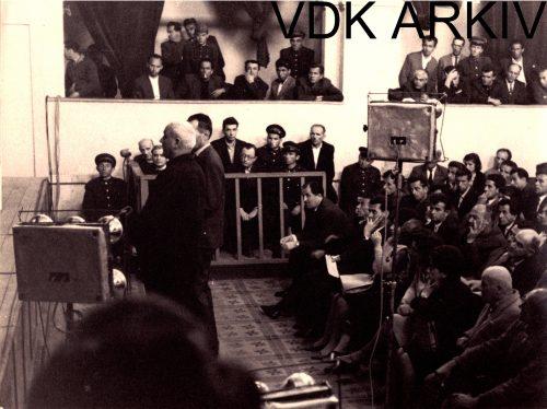 Gjyqi famëkeq i klerikëve/ Prill '68, kur populli duartrokiste pushkatimet politike