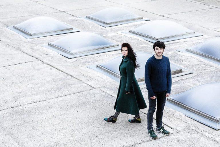 """Zvicër/ """"Lost Ships"""" i Elina Dunit nominohet për albumin më të mirë ndërkombëtar"""