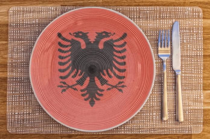 Blogeri suedez: Ja 15 pjatat më të mira shqiptare