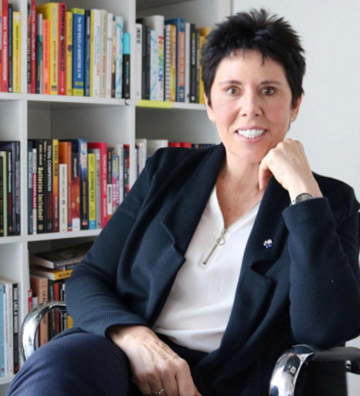 Sally Becker- Shpëtimtarja e harruar e fëmijëve nga Kosova