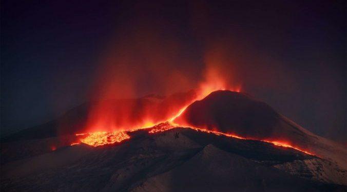 Rekord/ Vullkani Etna nuk ndalet, gjashtë shpërthime në tetë ditë